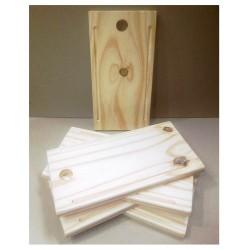 Tabla de madera. Chica. Realizados en Pino de 2cm. Miden: 15x30 cm Vienen en crudo.